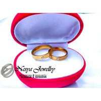 Cincin Couple Titanium Gold Salur Permata