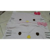 SARUNG BANTAL HELLO KITTY