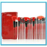 (Kuas Make Up) DOMPET MERAH Make Up for You Brush Set isi 24pc ( Kuas