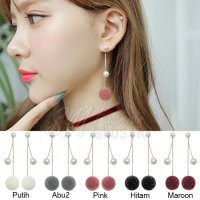 Anting Import Korea Model Panjang Bulat Pompom Halus Plus Mutiara