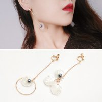 RFSDES958 Shell Acrylic Pearls Irregular Petals Long Ear Clip No Needle Gold-White-Gray