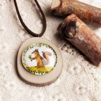 [KALUNG] 02BACDr Wooden Gem Leather Necklaces Squirrel Portrait