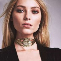 Kalung Vintage Hollow Out Gold KN65461