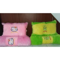 Bantal Guling Set Karakter Hello Kitty Cars Doraemon Uk