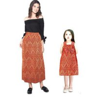Couple Batik Rok Ibu dan Dress Anak Desva