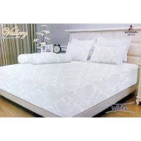 Internal Vallery White Sprei 180x200x30