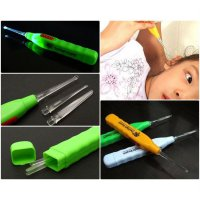 Pembersih Telinga / Led Flashlight Earpick Clean