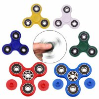 Fidget Spinner Hand Toys Mainan Tri-Spinner EDC Ceramic Ball Focus Games - Random Colour