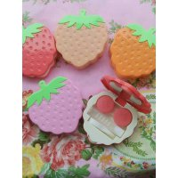 TEMPAT SOFTLENS STRAWBERRY