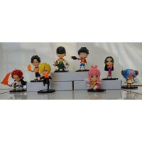 Action Figure One Piece Tatakan Pirates (Free bubble wrap dan packing dus)