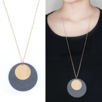 [KALUNG] 02F6B6r Round Wood Combination Pendant Necklace Gold