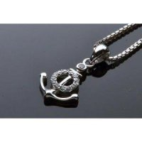 Kalung Luxury White Gold Plated 093 (Free Rantai & Box & Pouch Cantik)