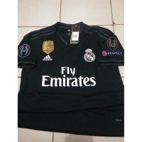 NEW JERSEY REAL MADRID AWAY PACTH CHAMPION 2018/2019 GRADE ORI Murah
