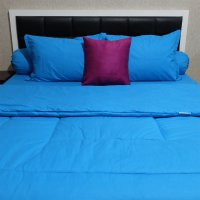 Sleep Buddy Set Sprei dan Bed Cover Plain on Blue CVC Queen Size