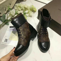 Sepatu Branded LV Boots