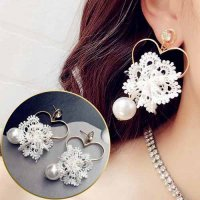 ANTING 0292DAr Braided Lace Bow Big Pearl Earrings White