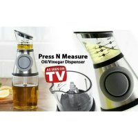 Botol tempat minyak goreng/ Press n measure oil