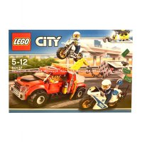 Lego City Tow Truck Trouble 60137 Mainan Blok Mobil