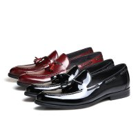 Fashion brown tan / black summer flats mens loafers dress shoes genuine leather wedding shoes mens casual shoes with tassel