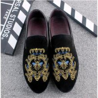 2017 Promotion New spring Men Velvet Loafers Party wedding Shoes Europe Style gold Embroidered Velvet Slippers Driving moccasins