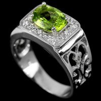 CINCIN PRIA NATURAL APPLE GREEN PERIDOT & WHITE CZ 925 SILVER SZ. 9
