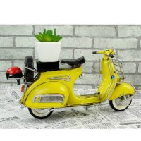 [globalbuy] Vespa model mini metal motorcycle model yellow RED Italy vintage 1:12 motorcyc/4479510