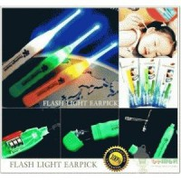 Pembersih Telinga Newest Flashlight Earpick