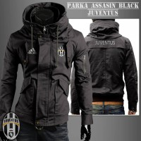 Jaket Parka Assasin Juve Black