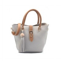 London Berry by HUER - Sable Wood Tassel Tote Bag Light Grey