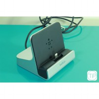 Belkin Express Dock for iPad,iPhone,iPod touch - Clearence Stok (dus rusak)