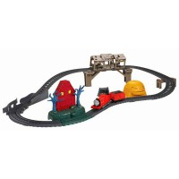 TF127 FISHER PRICE Thomas & Friends TrackMaster Troublesome Traps Set