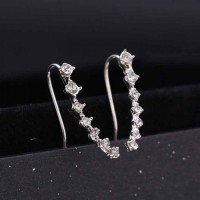 RAT1063W - Aksesoris Anting Silver Seven Diamond