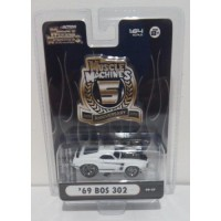 Maisto Muscle Machines 1/64 BOS 302 1969 White