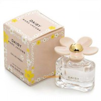 MARC JACOBS DAISY EAU SO FRESH EDT 4ML