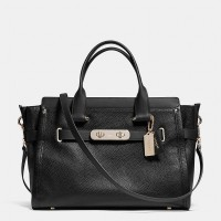 COACH swagger 27 in pebble leather - Hitam ( DB135 Black )