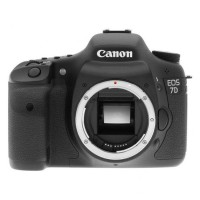 Canon EOS 7D Body Only - 18 MP - Hitam
