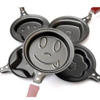 [globalbuy] Lovely Egg Frying Pancakes Kitchen Pan with Stick Housewares Mini Pot DIY 5 Ty/3246531