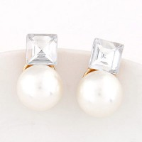 Anting Tusuk Dior inspired pearl decorated square shape design BT6CB87K