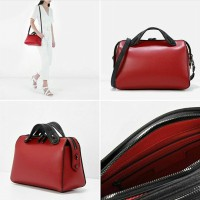 [CHARLES AND KEITH] BOWLING SLING | RED