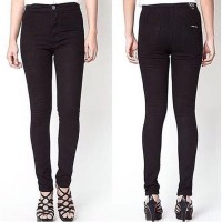 PUNNY JEANS HIGHWAIST BLACK