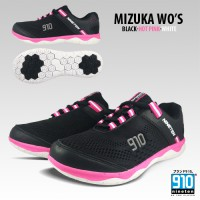 910 Sepatu lari Mizuka Women (Black / Hot Pink / White )
