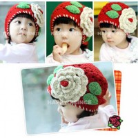 Topi Bunga Rajut Merah Red Flower Crochet Hat