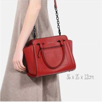 [CHARLES & KEITH] TRAPEZE | ORIGINAL BRANDED | 100% AUTHENTIC | RED