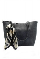 London Berry by HUER - Siofra Tote Bag With Shawl Black