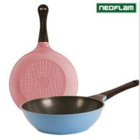 Neoflam Eco Friendly Ecolon Coated Frying Pan Wok 30cm / Pink Blue