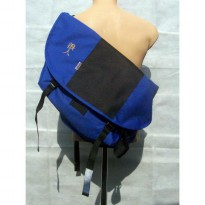 Ronin Messenger Bag Biru