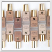 Estee Lauder double wear foundation : 560rb (CP 620)