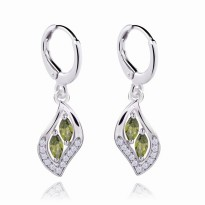 Anting 18k White Gold Filled Green Peridot Leaf Shaped Dangling Earrings