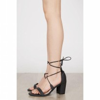 [BERRYBENKA] Maryse Block Heels BLACK