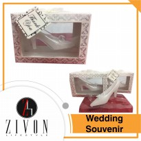 Shoe Candle Lilin Bentuk Unik Wedding Souvenir Zivon XQ13